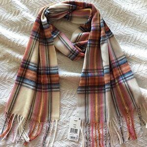 SUPER soft scarf